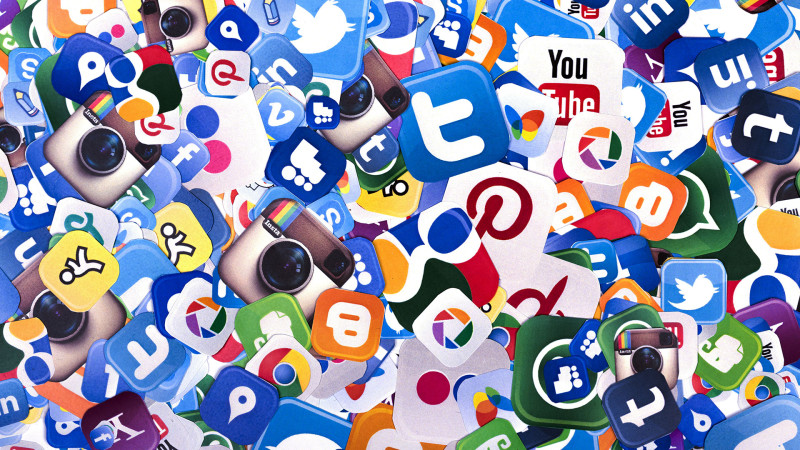 Social media services via smm panel