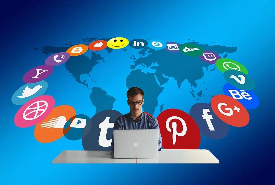 Learn 2021's best strategies to get success in social media marketing.