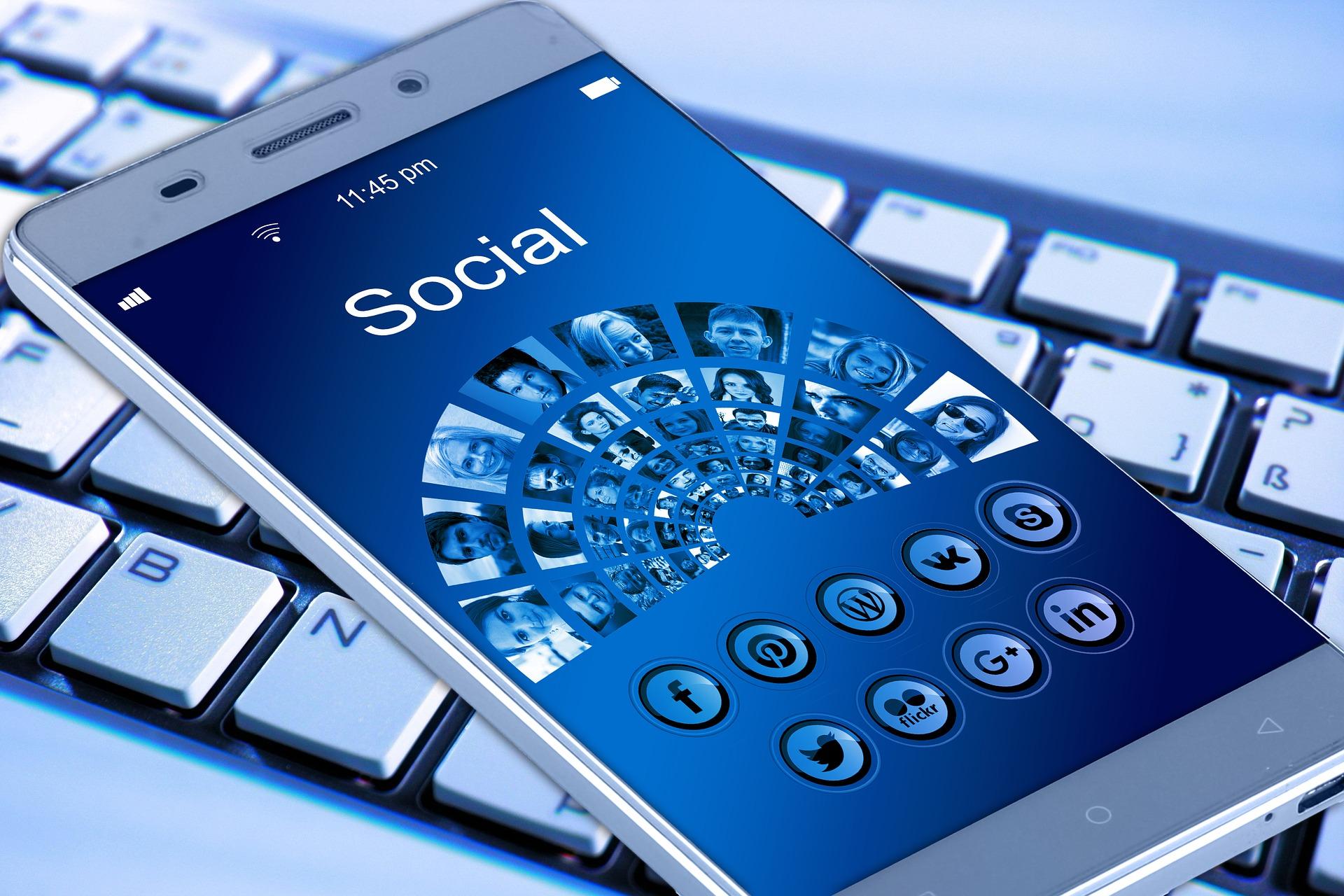 Sosyal Medya Takipçi Beğeni Arttırma